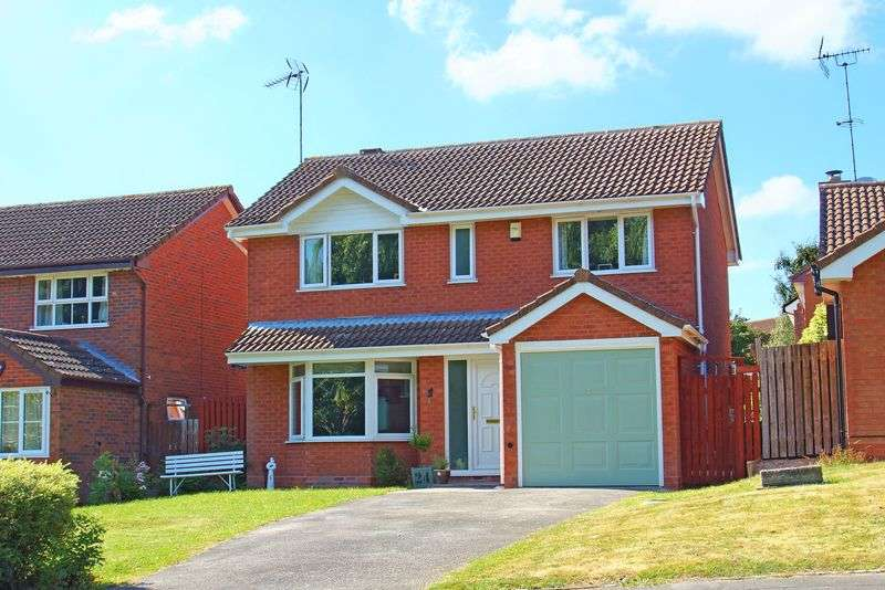 4 Bedrooms Detached House for sale in Hunt End Lane, Hunt End, Redditch, Worcestershire
