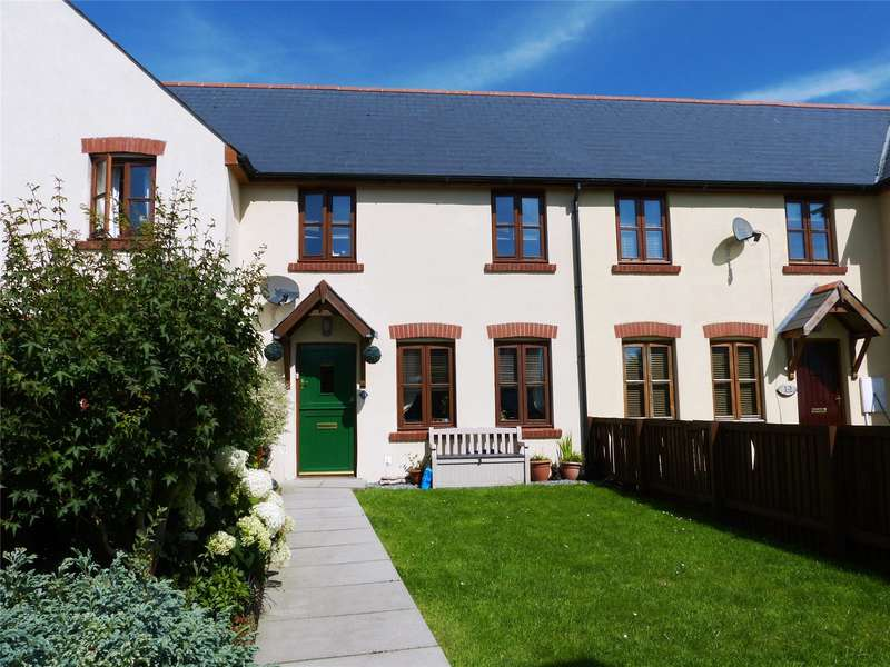 3 Bedrooms Terraced House for sale in Llys Y Crofft, Whitland, Carmarthenshire