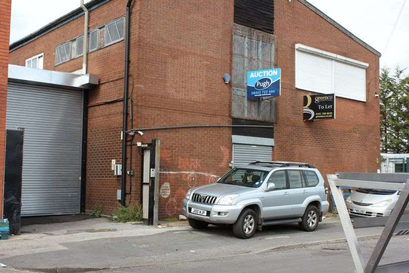 Commercial Property for rent in Collingham Street, Manchester