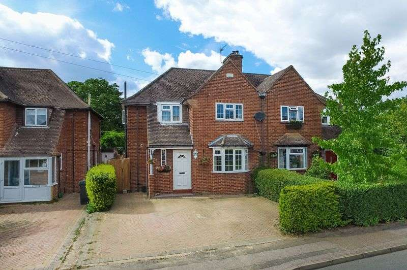 4 Bedrooms Semi Detached House for sale in Tudor Way, Rickmansworth, WD3 8HY