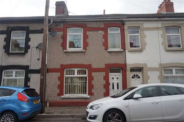 2 Bedrooms Terraced House for sale in Warne Street, Fleur de Lis, BLACKWOOD, Caerphilly