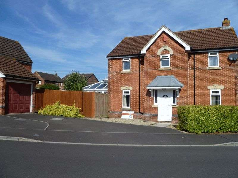 4 Bedrooms Detached House for sale in Azalea Road, Weston-super-Mare