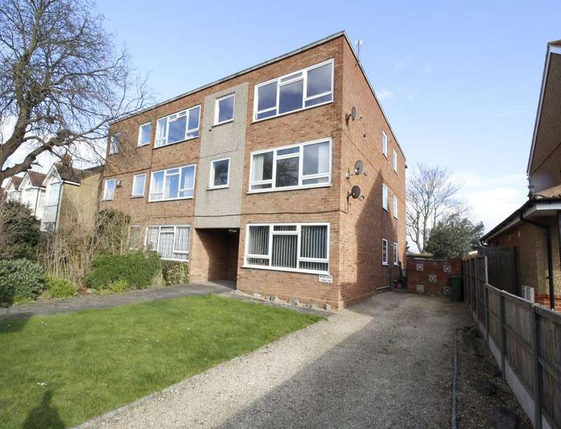 1 Bedroom Flat for sale in Virginia Court Stanwell Road, Ashford, TW15