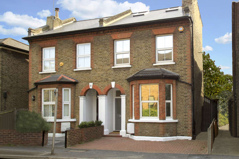 4 Bedrooms Semi Detached House for sale in Arlington Road, Surbiton