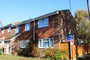5 Bedrooms Semi Detached House for sale in Rowan Walk, Crawley Down, West Sussex
