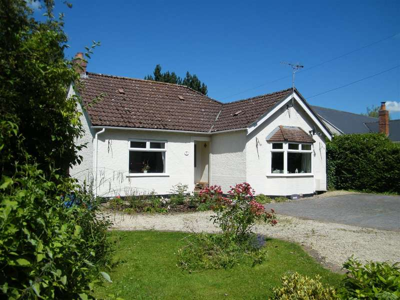 3 Bedrooms Bungalow for sale in Quemerford, Calne
