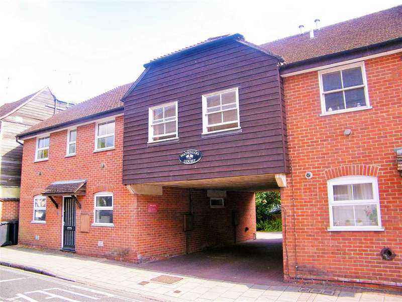 2 Bedrooms Apartment Flat for sale in Waterloo Court, Whitchurch