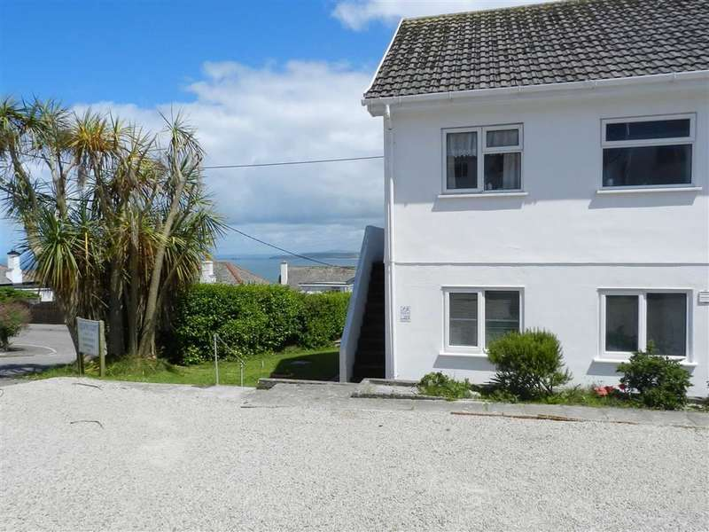 2 Bedrooms Flat for sale in Kelwyn Court, Valley Road, Carbis Bay