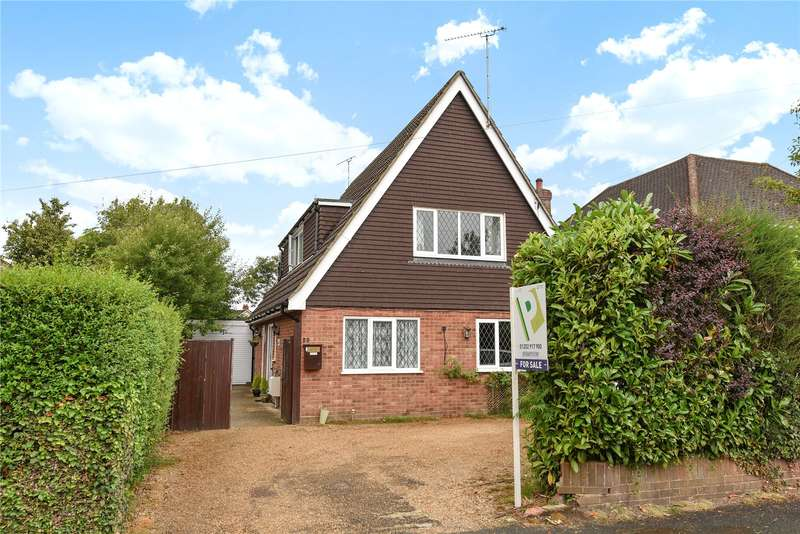 4 Bedrooms Detached Bungalow for sale in Branksome Hill Road, College Town, Sandhurst, Berkshire, GU47