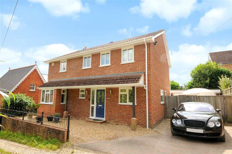 4 Bedrooms Detached House for sale in School Lane, Ascot, Berkshire, SL5