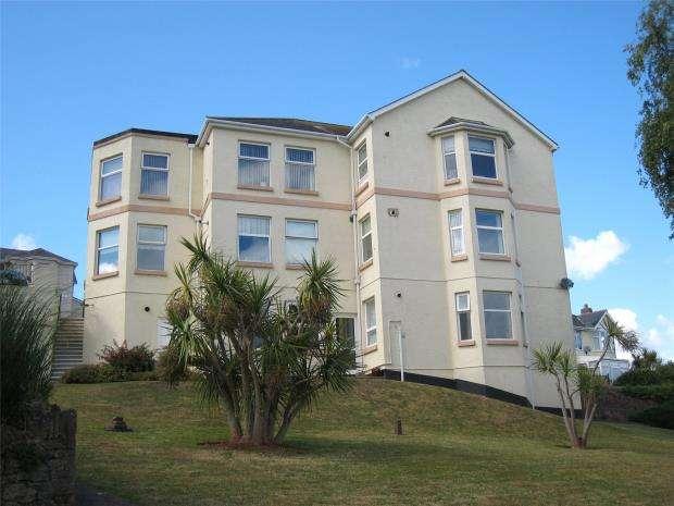 2 Bedrooms Flat for sale in Rocklands, Primley Park, Paignton, Devon