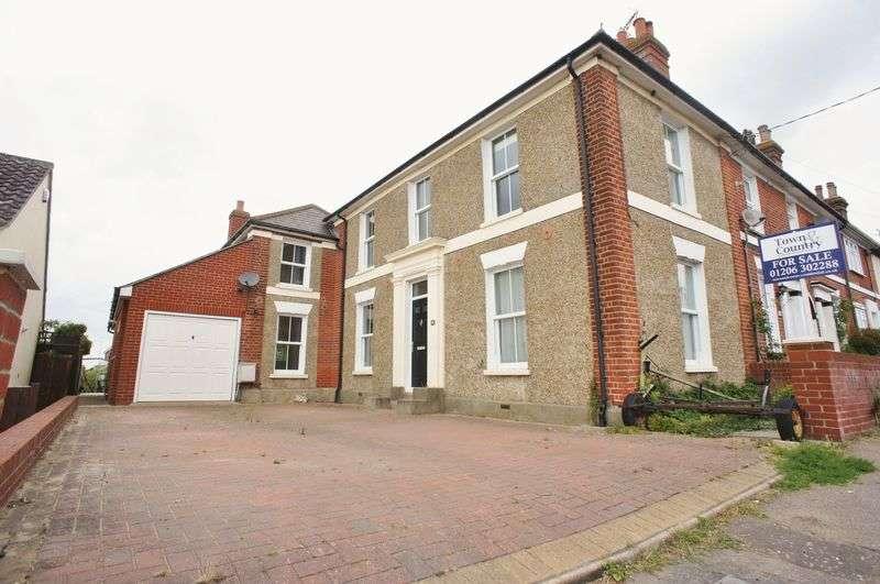 4 Bedrooms Terraced House for sale in Lower Park Road, Brightlingsea