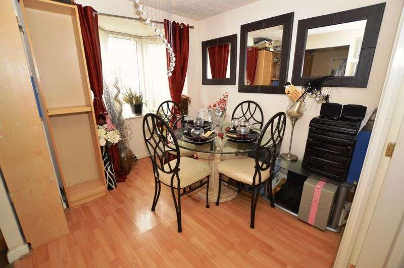 3 Bedrooms Detached House for sale in Wakeman Drive, Oldbury