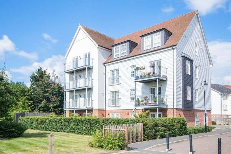 3 Bedrooms Flat for sale in Canterbury