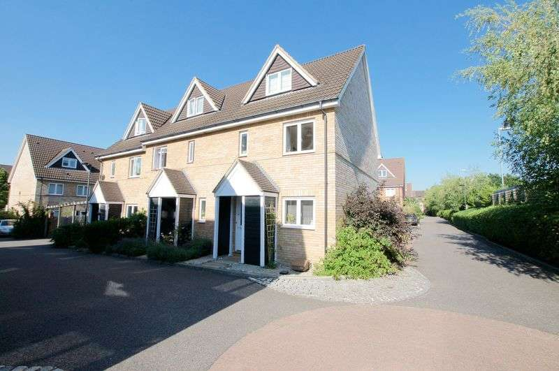4 Bedrooms Terraced House for sale in Barnack Grove, Royston
