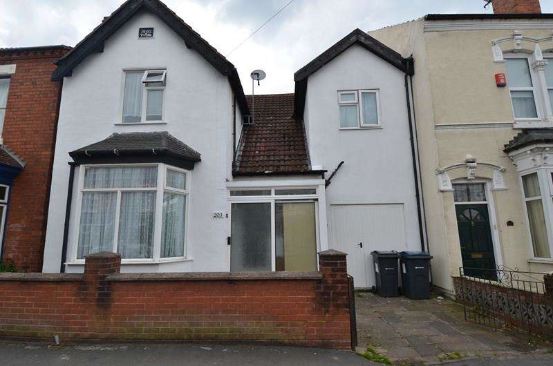 4 Bedrooms Terraced House for sale in Grange Road, Kings Heath, Birmingham