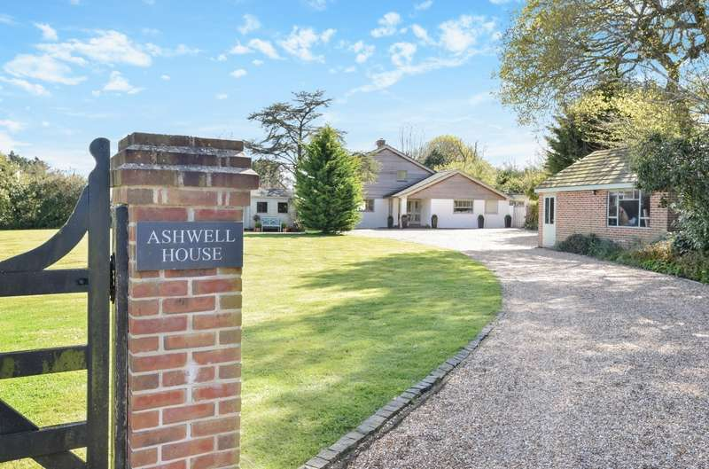 5 Bedrooms Detached House for sale in Southbrook Road, West Ashling, PO18