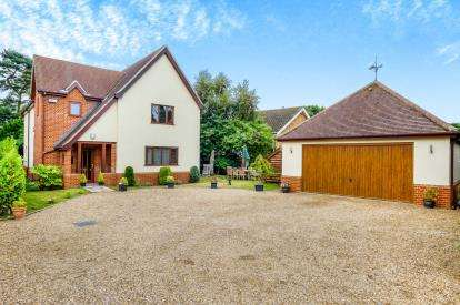 3 Bedrooms Detached House for sale in Walberswick, Southwold, Suffolk