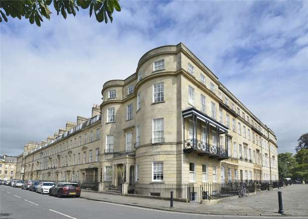 3 Bedrooms Flat for sale in The Penthouse Apartment, 11 Edward Street, Bathwick, Bath