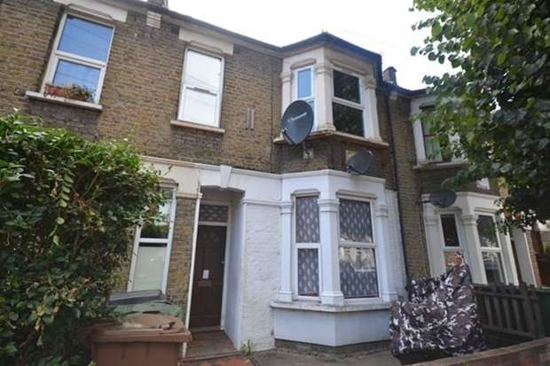 3 Bedrooms Flat for sale in Francis Road, London