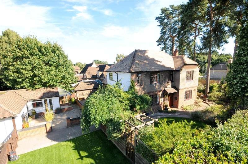 5 Bedrooms Detached House for sale in Primrose Way, Sandhurst, Berkshire, GU47