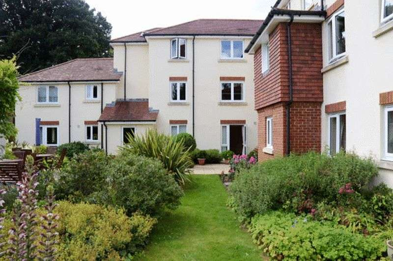1 Bedroom Retirement Property for sale in Grayshott, Hindhead, Cornerway Lodge