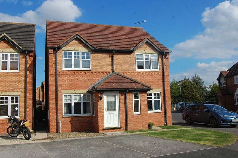 2 Bedrooms Semi Detached House for sale in Grange Close, Romanby, Northallerton