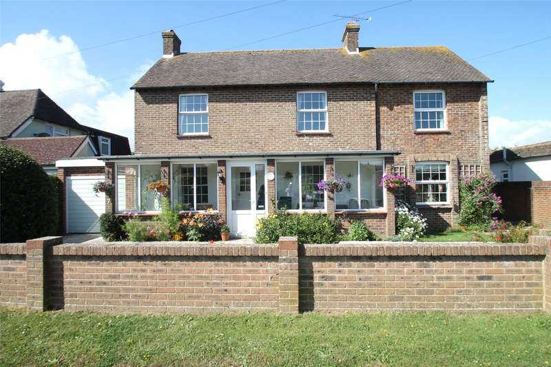 4 Bedrooms Detached House for sale in Manor Road, Rustington, West Sussex, BN16