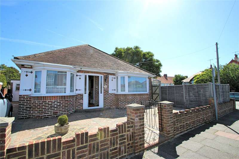 3 Bedrooms Detached Bungalow for sale in Pendine Avenue, Worthing, West Sussex, BN11