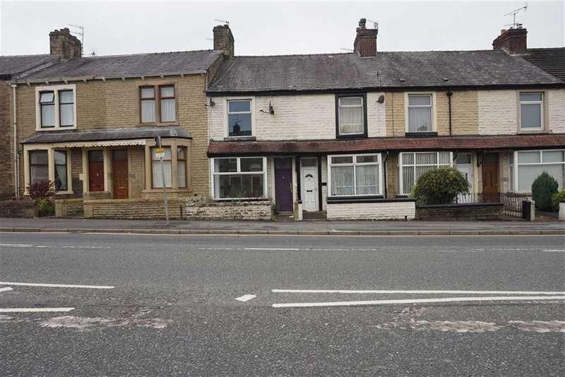 2 Bedrooms Property for sale in Blackburn Road, Darwen, Lancashire