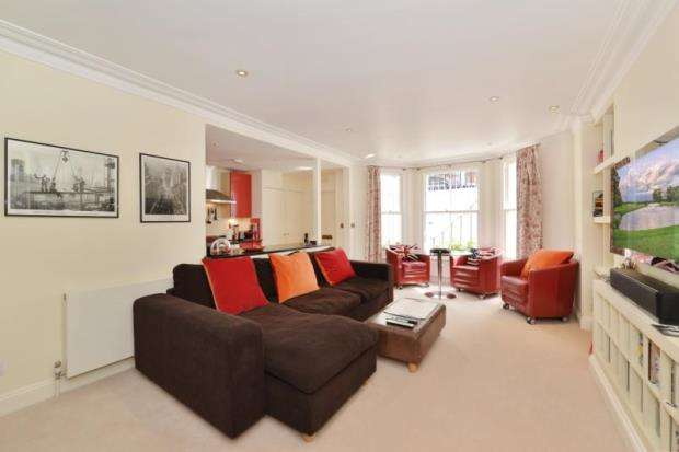 2 Bedrooms Flat for sale in Brechin Place, London, SW7