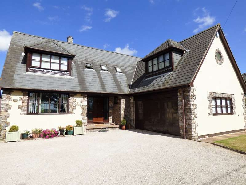 4 Bedrooms Detached House for sale in Station Road, Trusham