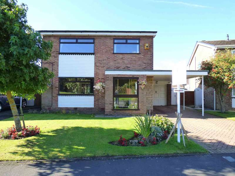 4 Bedrooms Detached House for sale in Forest Drive, Lytham Hall Park, Lytham