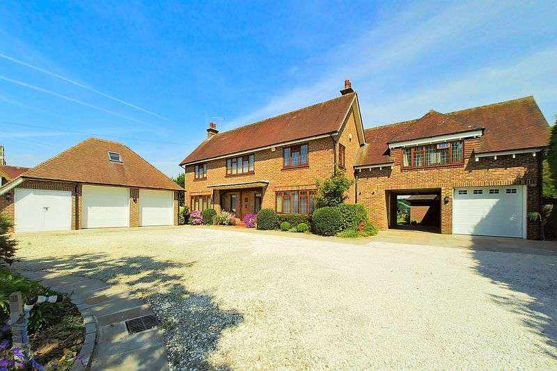 5 Bedrooms Detached House for sale in Gossamer Lane, Aldwick, PO21