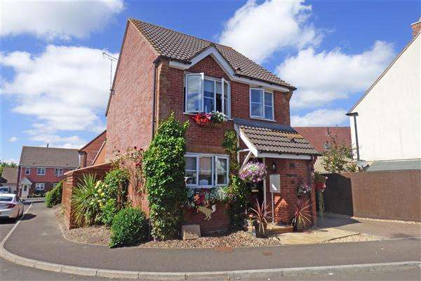 3 Bedrooms Detached House for sale in Thornwell Way, Wincanton