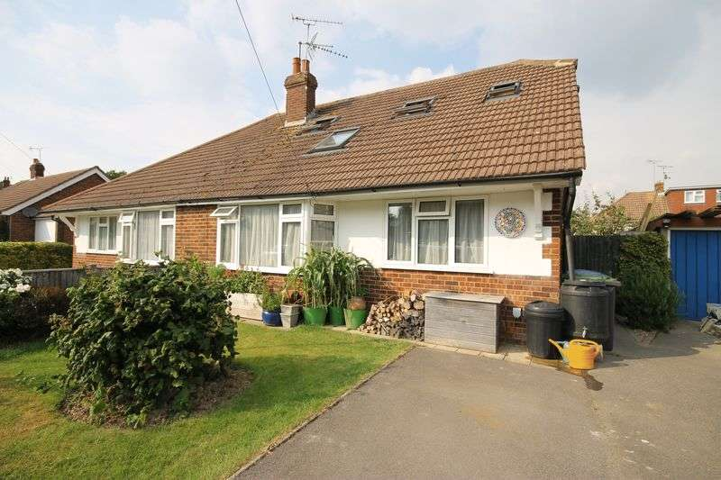 4 Bedrooms Bungalow for sale in Adur Road, Burgess Hill, West Sussex