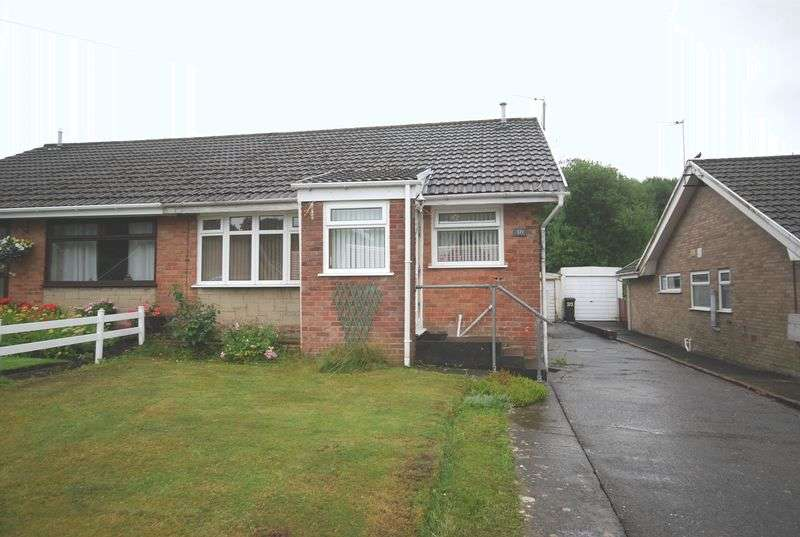 3 Bedrooms Semi Detached Bungalow for sale in 371 Delffordd, Rhos, Pontardawe, Swansea, SA8 3HG