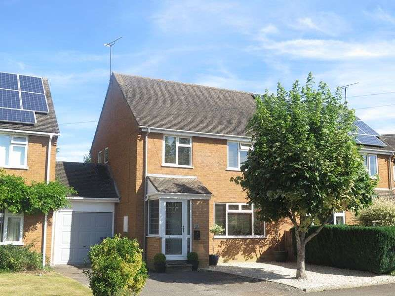 3 Bedrooms Semi Detached House for sale in Colesbourne Road, Bloxham