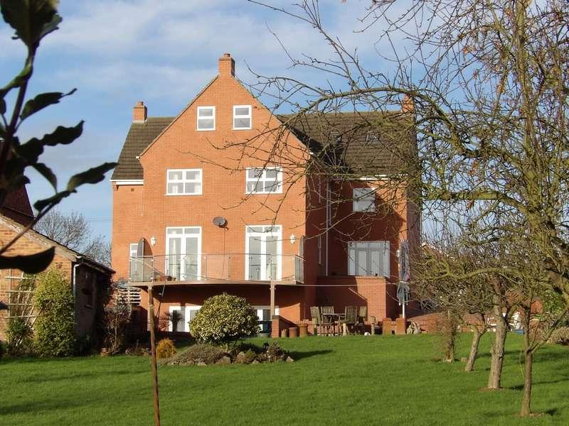 4 Bedrooms Detached House for sale in Ashby Road, Donisthorpe, Derbyshire, DE12