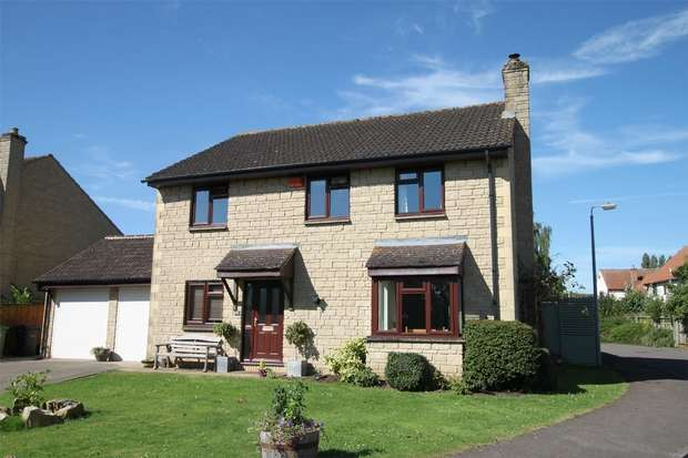 4 Bedrooms Detached House for sale in 15 Nursery Close, Atworth, Wiltshire