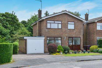 4 Bedrooms Detached House for sale in Farmdale Road, Lancaster, Lancashire, LA1