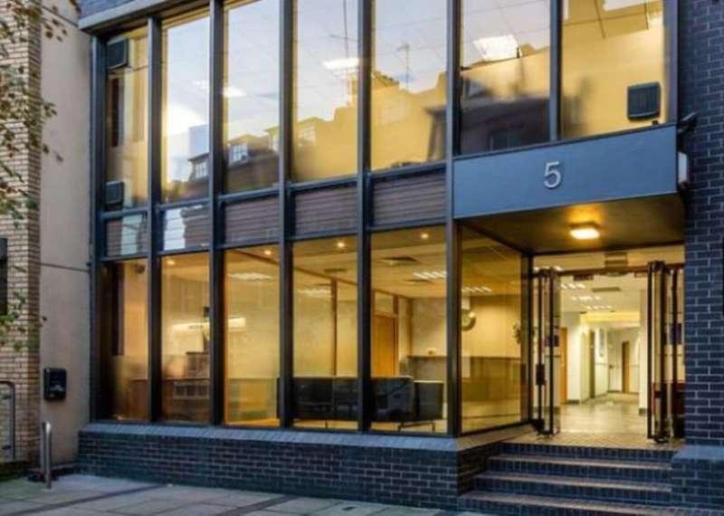 Serviced Office Commercial for rent in St John`s Lane, London