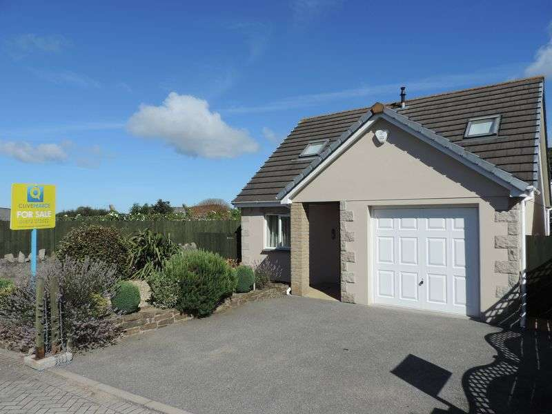 3 Bedrooms Detached Bungalow for sale in Lowarthow Marghas, Redruth