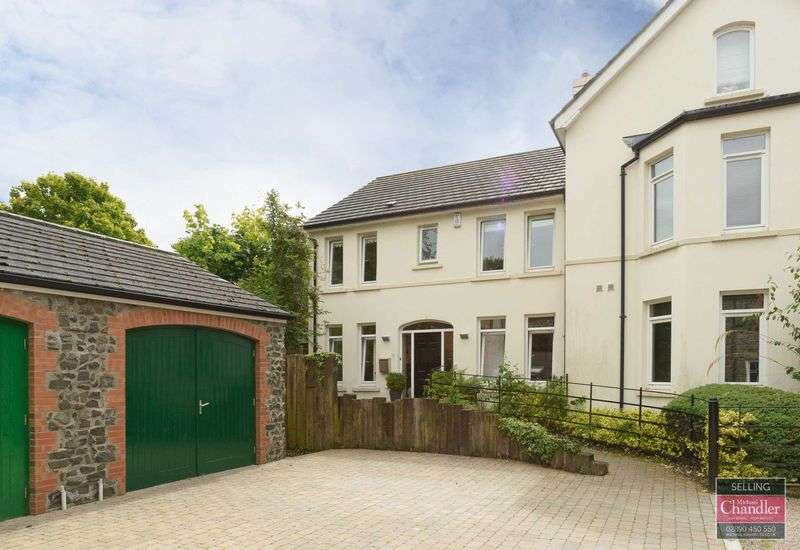 4 Bedrooms Semi Detached House for sale in 56b Kings Road, Belfast, BT5 6JL