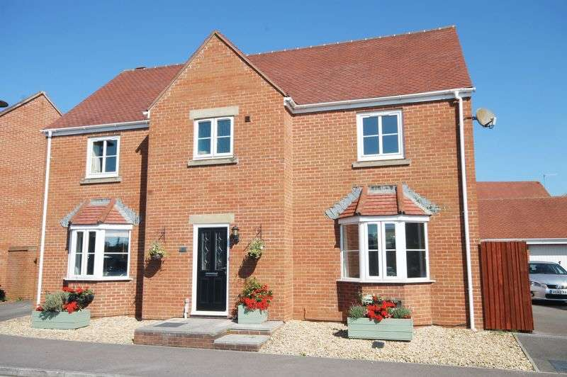 4 Bedrooms Detached House for sale in Marjoram Way, Portishead