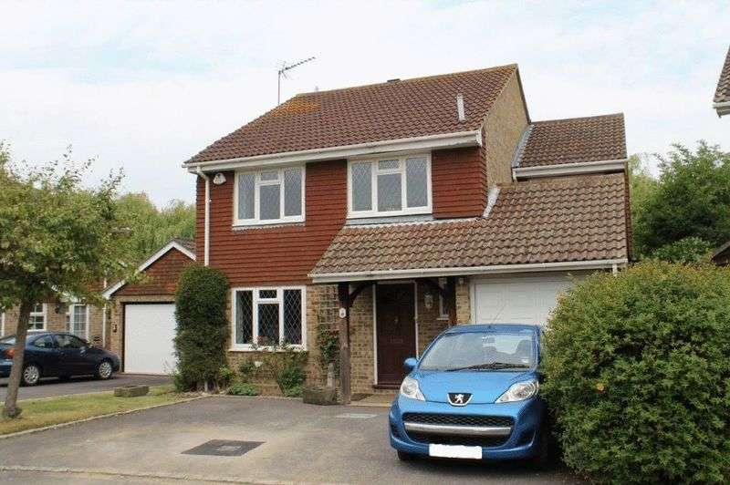 4 Bedrooms Detached House for sale in Merrow