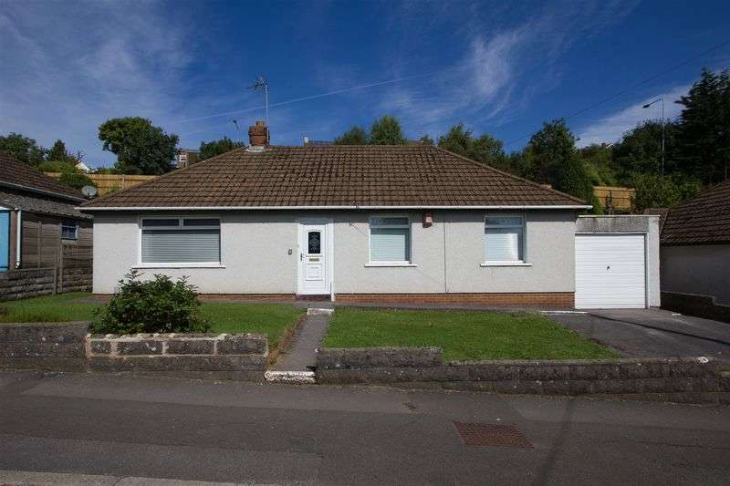 3 Bedrooms Detached Bungalow for sale in Andrew Road, Penarth