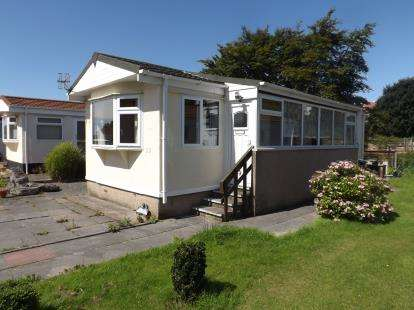 2 Bedrooms Mobile Home for sale in Ventura Residential Park, Westgate, Morecambe, United Kingdom, LA4