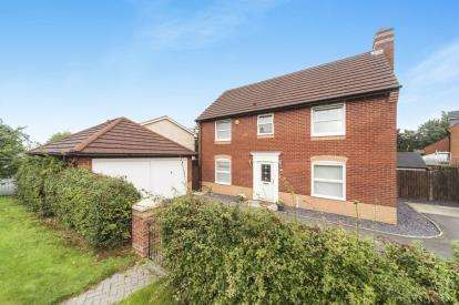 4 Bedrooms Detached House for sale in Lady Acre Close, Lymm, Cheshire, Warrington