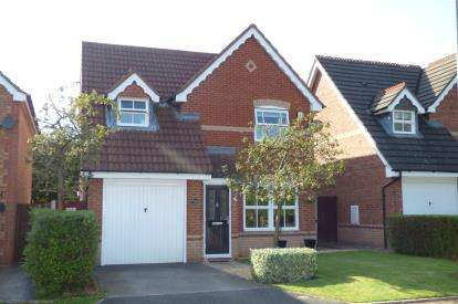 3 Bedrooms Detached House for sale in Elmsett Close, Great Sankey, Warrington, Cheshire